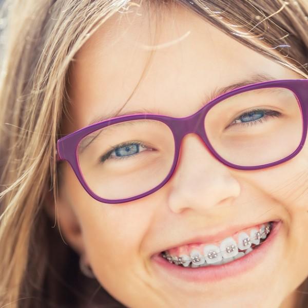 Descubra como a Odontopediatria pode ser benéfica aos pré-adolescentes